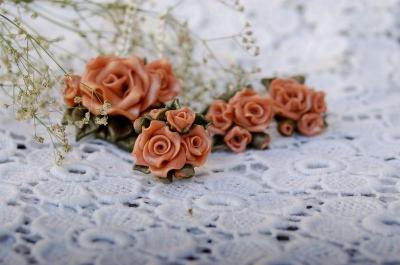 Комплект украшений с розами